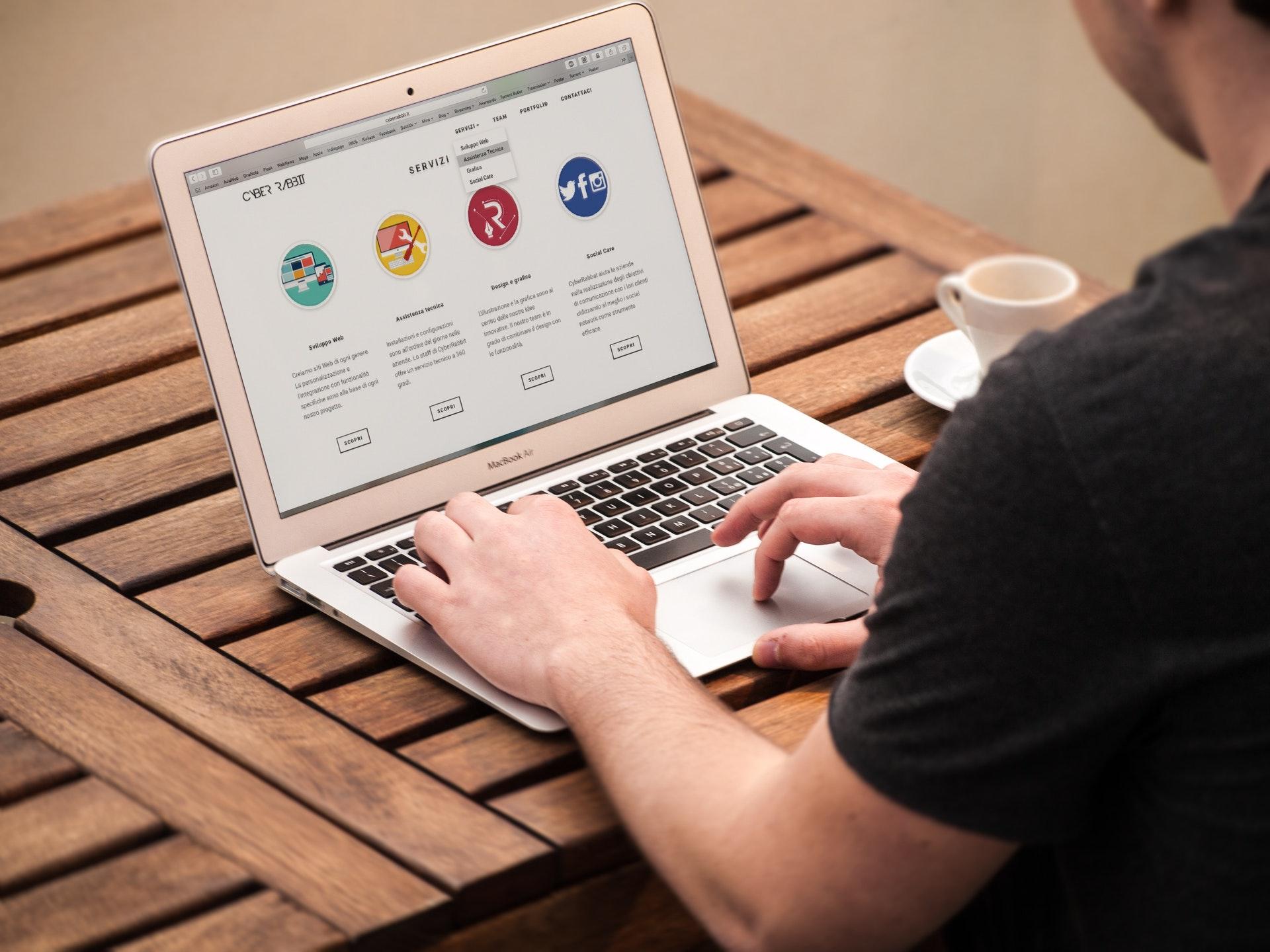 Gagner de l'argent avec les services en ligne